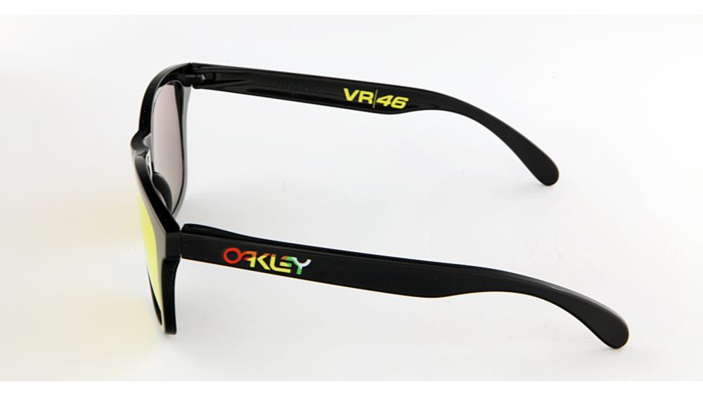 7dbca975fed0b Oakley Frogskins VR46 24-325 - Óculos de Desporto - Óticas Minho ...